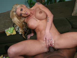 Leya Falcon Kylie Ireland Blacks On Cougars
